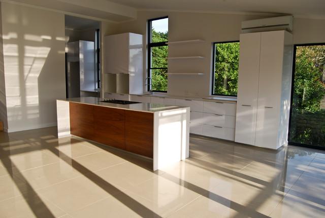Simbithi 585 contemporary-kitchen
