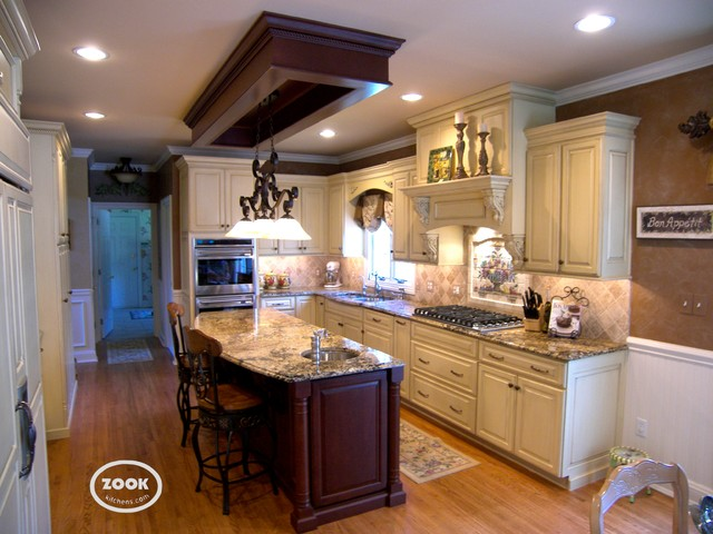 Simple and Classic cabinetry traditional-kitchen