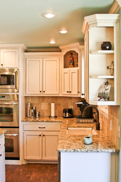 Simple white kitchen traditional kitchen dallas by for Traditional kitchen meaning