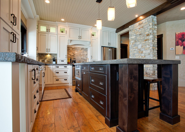 Simpson traditional-kitchen