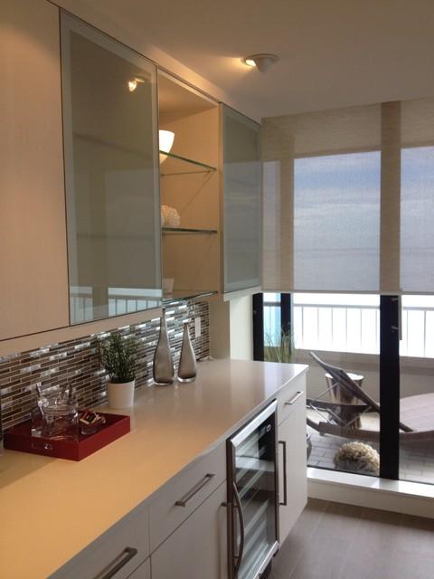 Singer Island contemporary-kitchen