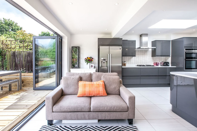 Single Storey Extension To 1930s House In Long Ditton By LE