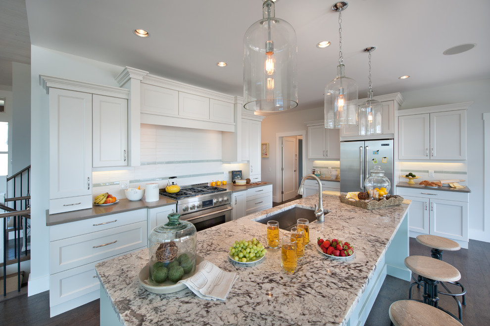 Inspiration for a timeless kitchen remodel in Vancouver with stainless steel appliances and granite countertops