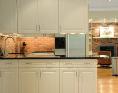 Sleek & Simple Transitional Kitchen in West Chester traditional kitchen