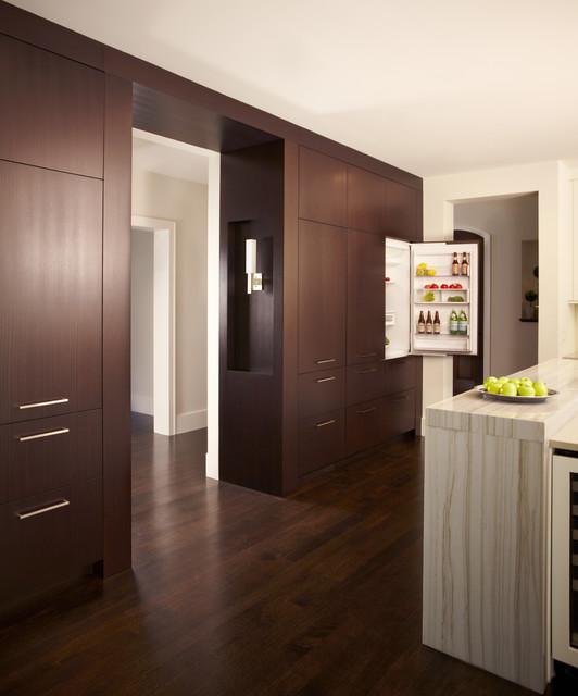 Sleek Contrast contemporary-kitchen