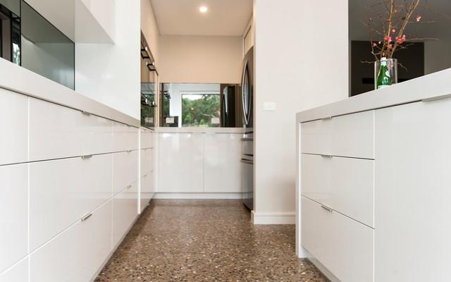 Sleek Country Retreat contemporary-kitchen