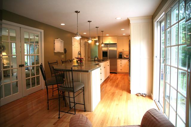 Faherty contemporary-kitchen
