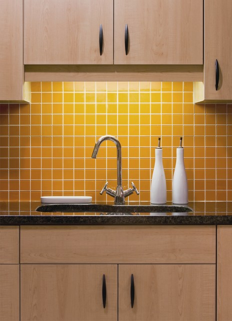 Kitchen Tiles Ottawa small & bright - eclectic - kitchen - ottawa -kitchensdesign