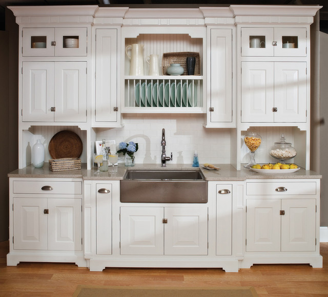 Small Beach House Kitchen - Beach Style - Kitchen - nashville - by Dura Supreme Cabinetry