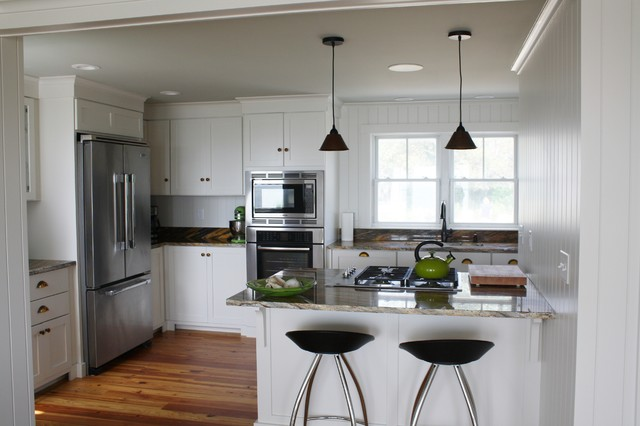 Small Beach House Lives Style Kitchen