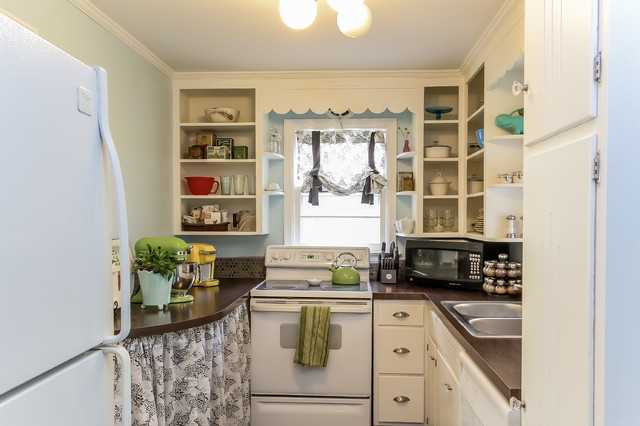 Gentil Small Cape Cod Remodel Eclectic Kitchen