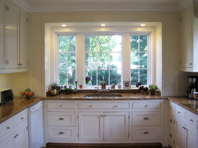 Small Traditional Kitchen small kitchen addition - traditional - kitchen - new york -