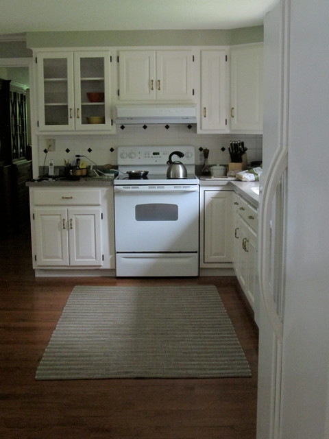 Small kitchen before afters traditional kitchen for Houzz small kitchens