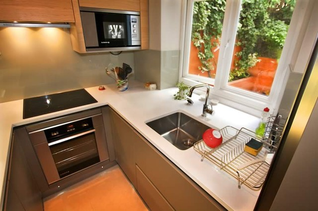 Small kitchen design by lwk kitchens london modern for Modern kitchen cabinets for small kitchens
