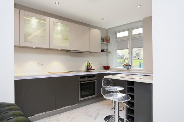 Small Kitchen Design Modern Kitchen Other Metro By LWK
