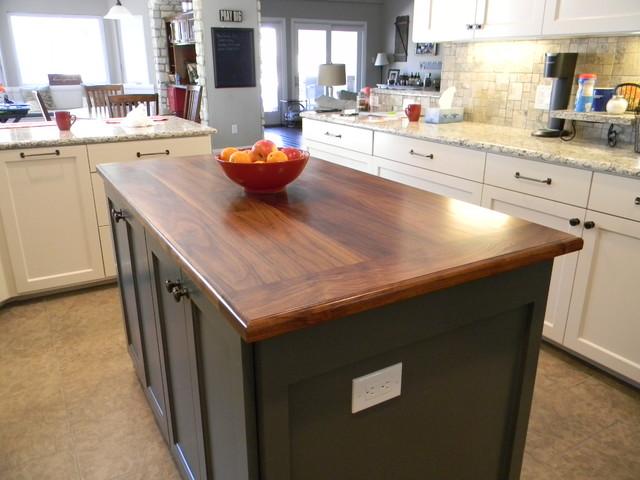 Small Kitchen Island Countertop Traditional Kitchen