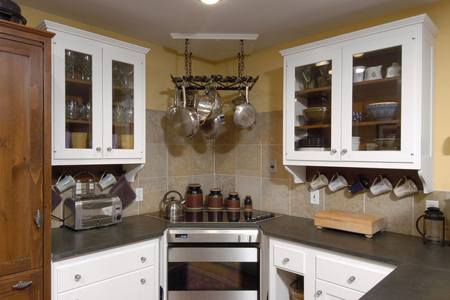 Corner Cooktop hood help needed! - Kitchens Forum - GardenWeb