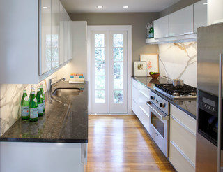 Remodel Small Kitchen on Small Kitchen   Modern   Kitchen   Atlanta   By Complete Remodeling