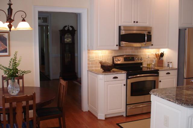 Small Kitchen Update traditional-kitchen