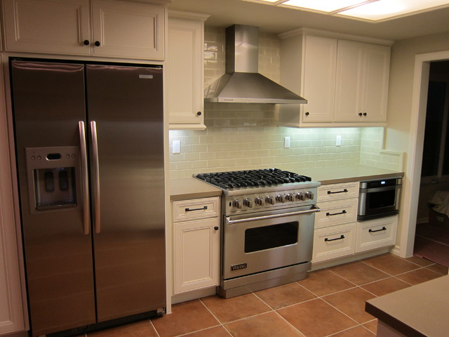 Small Traditional Kitchen Traditional Kitchen Los Angeles By