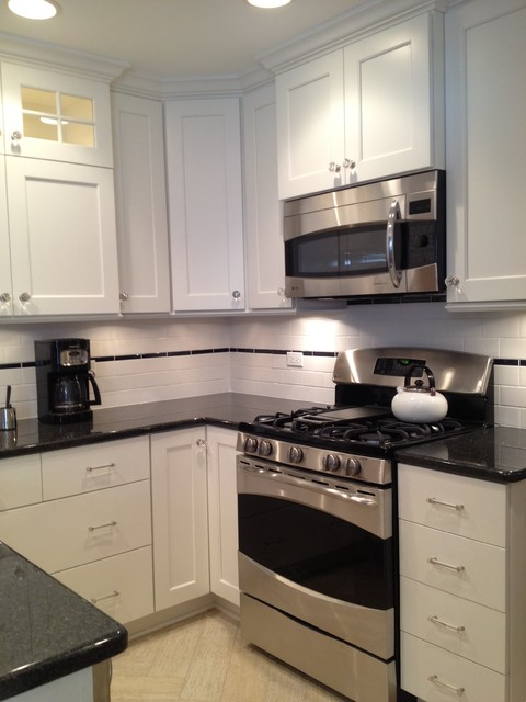 Small u shaped white custom painted kitchen in skokie for U shaped bathroom design