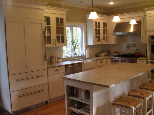 Small white kitchen for Houzz small kitchens