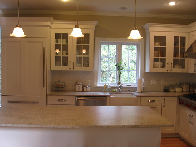 Small white kitchen for Small white kitchen ideas