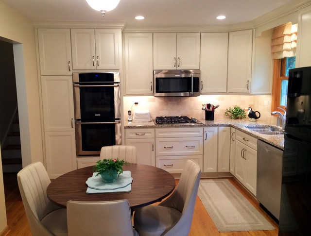 Small White L Shaped Kitchen In Naperville By Adam Hartig Akbd Transitional Kitchen