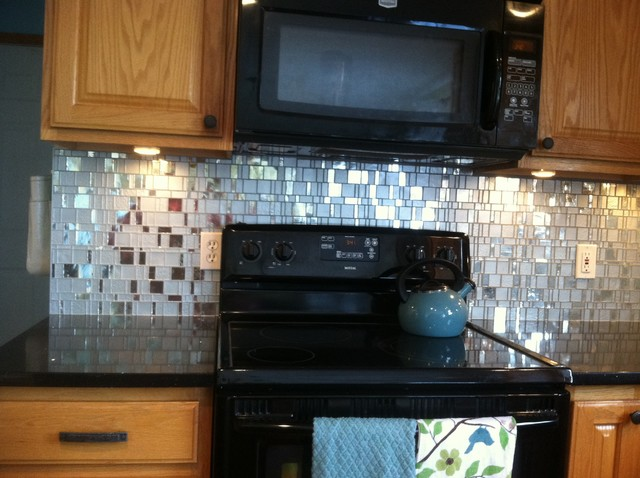 Smith Back Splash Tile 2013 traditional-kitchen