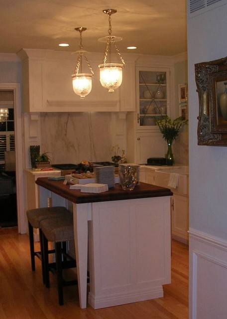 Smith - Cooper Drive traditional-kitchen