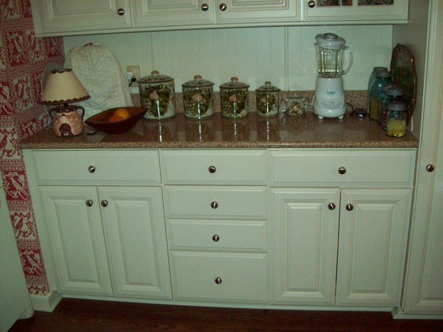 Smith Kitchen traditional-kitchen