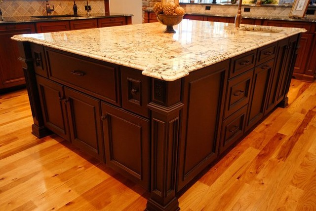 Smithport Pics traditional-kitchen