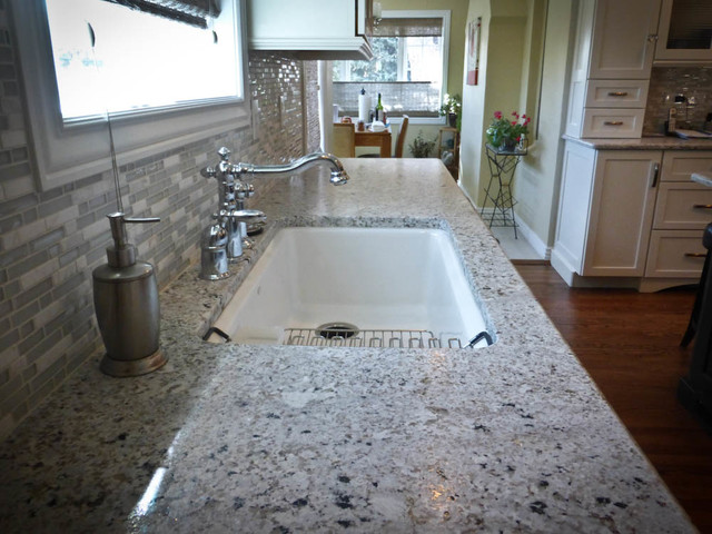 Snow Flakes Leathered Granite Traditional Kitchen
