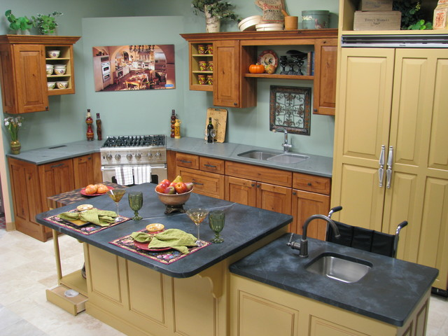 kitchen mixed cabinet finishes