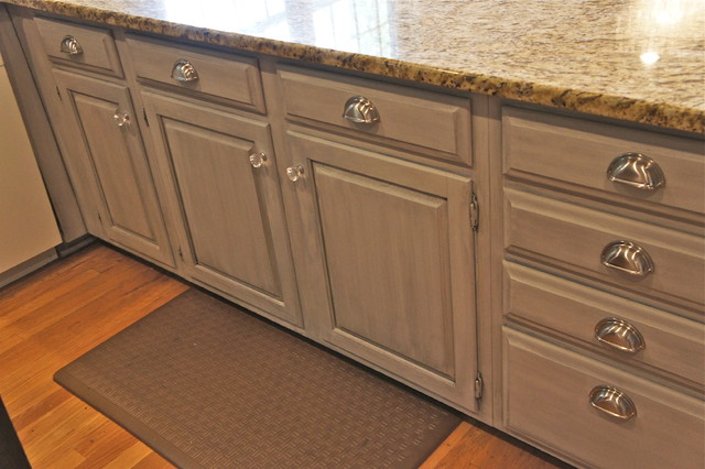 Soft Grey Painted Cabinets - Traditional - Kitchen - Nashville - by Bella Tucker Decorative Finishes