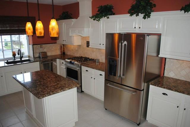 soft white cabinets chocolate fiorito granite travertine