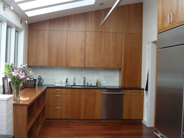 Inspiration For A Contemporary Kitchen Remodel In San Francisco With Stainless Steel Liances An Undermount