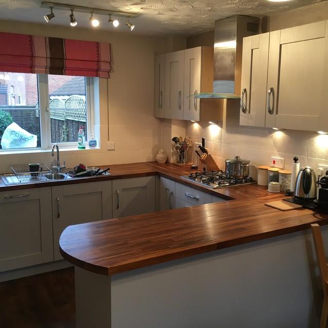 Solid Iroko Worktops With Kashmir Shaker Doors Modern Kitchen
