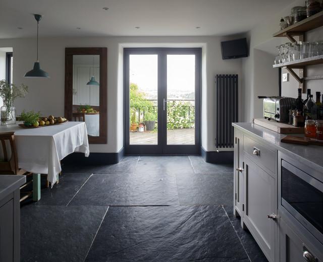 Somerset Cottage Farmhouse Kitchen