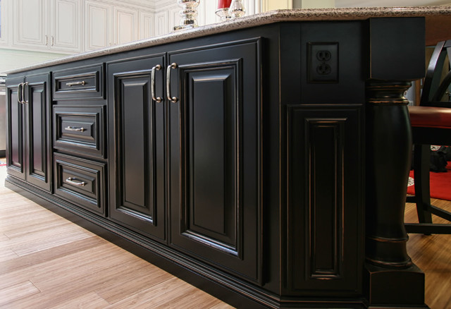 Sophisticated traditional-kitchen
