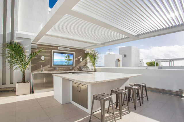 South beach penthouse rooftop terrace modern kitchen for Terrace kitchen design