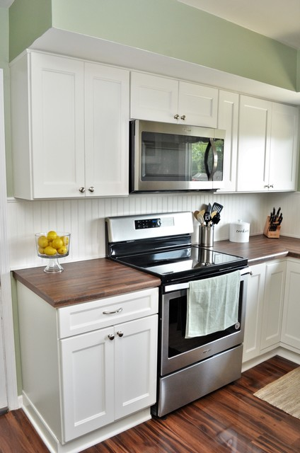 South Bend In Haas Signature Collection Fresh And Clean Kitchen Country Kitchen Other By Bailey S Cabinets Houzz Au