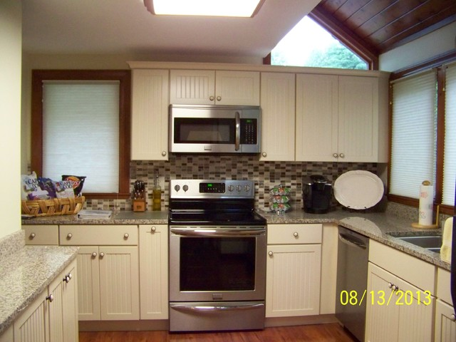 South Down Shores - Traditional - Kitchen - Other - by Kristy Harper-Cartier