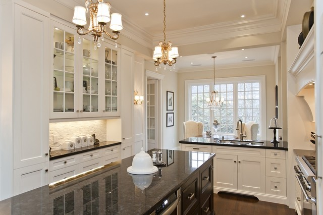 Beautiful Downtown Oakville Home Traditional Kitchen Toronto By Winterberry Lane