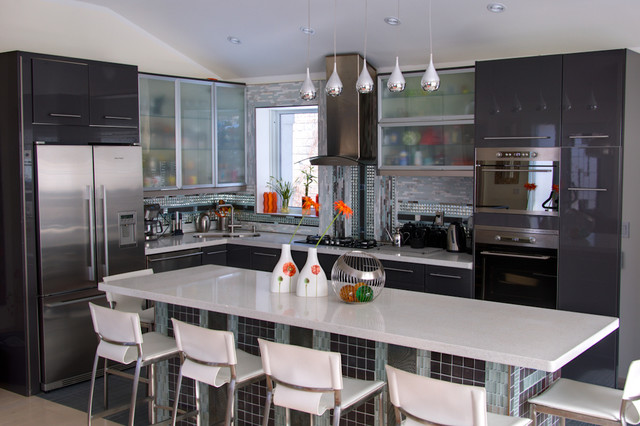 South etobicoke 2 for Kitchen ideas queensway