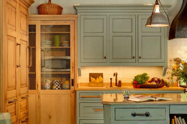 South Of France Chicago Il Mediterranean Kitchen Chicago By Pb Kitchen Design