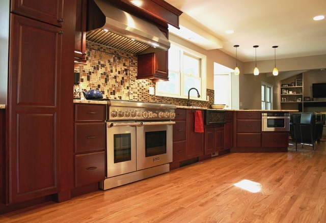 South quebec street traditional kitchen denver by for Kitchen cabinets quebec