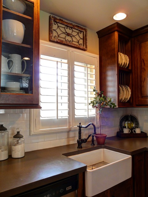 South Swadley St traditional-kitchen