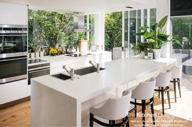 South Yarra Kitchen   Celebrity Kitchen   Peter Alexander Modern Kitchen