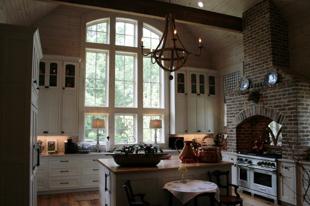 Southern elegance kitchen other metro by bob chatham for Bob chatham house plans